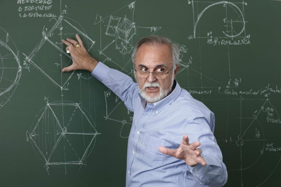 Belajar Matematika dengan menyenangkan